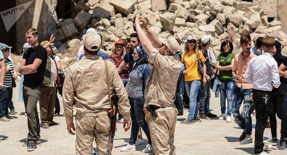 بدأت الحركة السياحية تعود إلى مدينة حلب