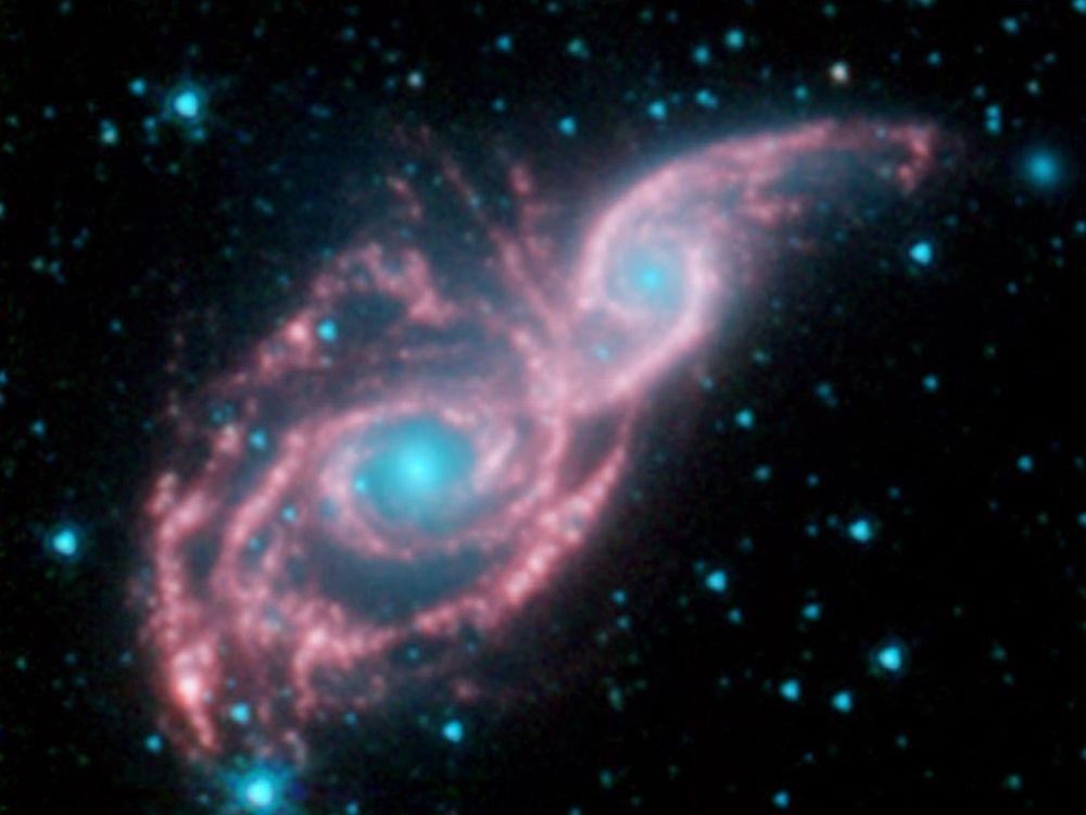 المجرات المدمجة NGC 2207 و IC 2163