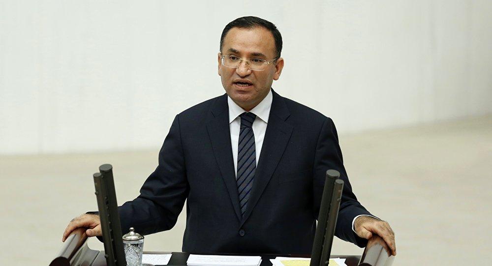 وزير العدل التركي بكير بوزداغ
