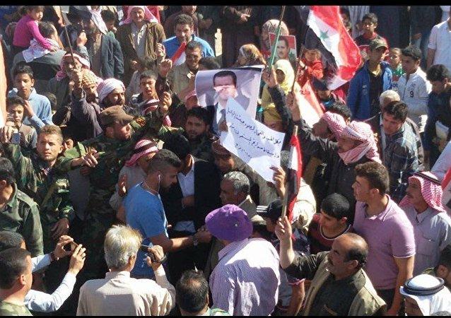 أهالي الرقة ينتفضون ضد الوجود الأمريكي في سوريا