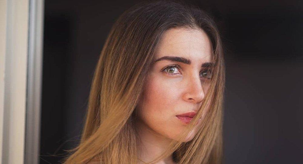 الممثلة المصرية مي عز الدين