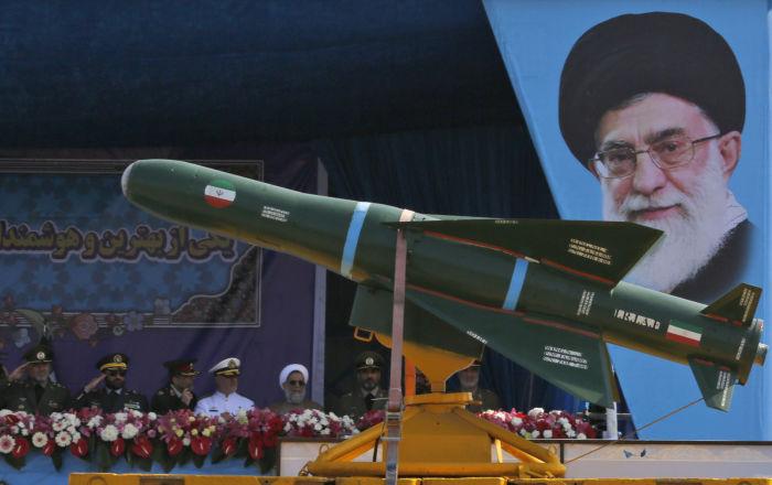 قائد عسكري إيراني يعدد مزايا ومهام منظومة