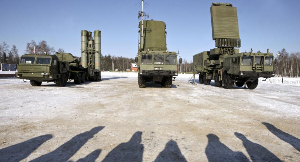 المنظومة الصاروخية المضادة للطائرات إس-400