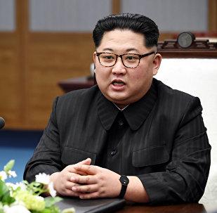 زعيم كوريا الشمالية كيم جونغ