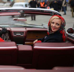 مشاركتان في معرض للسيارات الكلاسيكية القديمة Ингосстрах Exclusive Classic Day في موسكو، روسيا