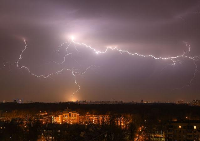 عاصفة ربيعية في موسكو