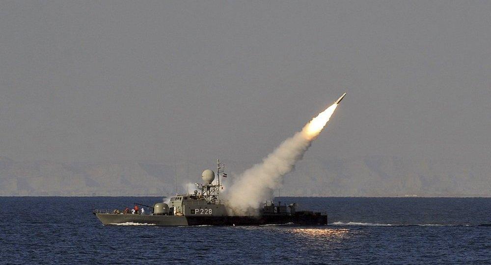 مناورات عسكرية بين إيران وسلطنة عمان