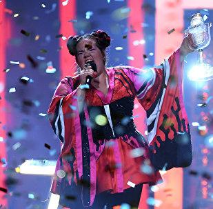 الفائزة في مسابقة الأغنية الأوربية، المغنية الإسرائيلية، نيتا بارزيلاي