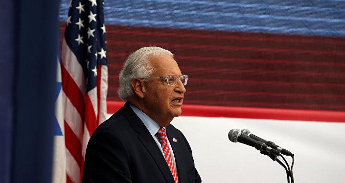 السفير الأمريكي إلى إسرائيل ديفيد فريدمان خلال حفل افتتاح السفارة الأمريكية الجديدة في القدس، الضفة الغربية 14 مايو/ أيار 2018