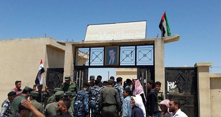 الشرطة السورية تتسلم عدد من القرى في ريف حماة بعد خروج المسلحين