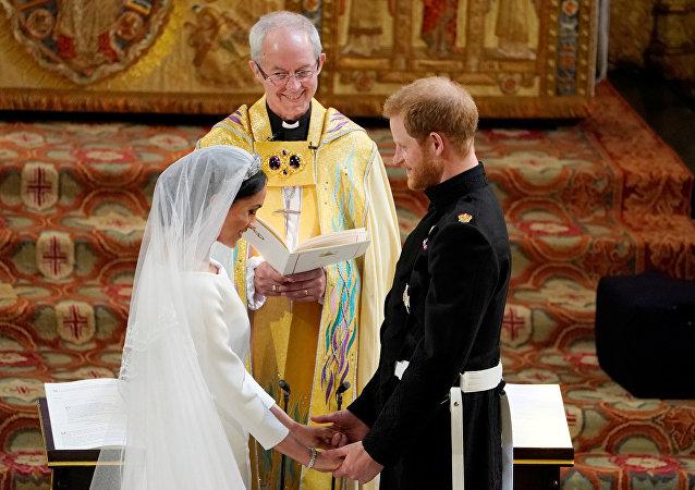 إعلان الأمير هاري وميغان ماركل زوجا وزوجة