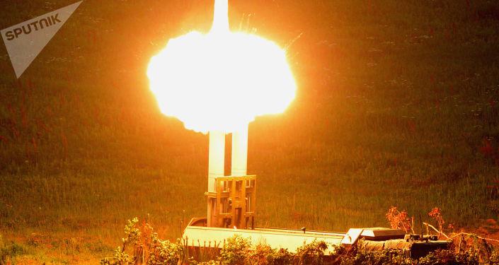 إطلاق صاروخ من نظام صاروخي ساحلي جديد باستيون، والذي دخل في خدمة الجيش في عام 2016، ضمن القوات الساحلية التابعة لأسطول المحيط الهادئ الروسي