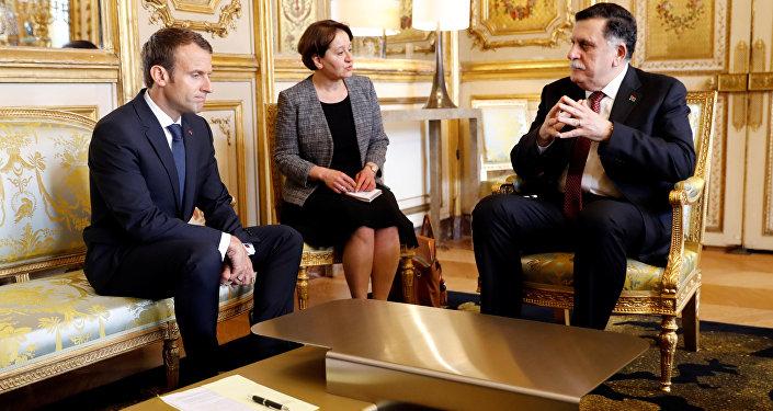 لقاء بين فايز السراح والرئيس الفرنسي إيمانويل ماكرون في باريس