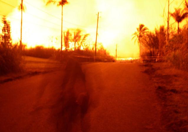 تدفق الحمم البركانية من بركان كيلاويا في جزيرة هاواي، 24 مايو/ أيار 2018