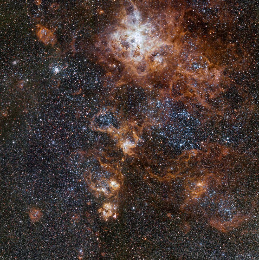 سحابة سديم تارانتولا، 160000 سنة ضوئية