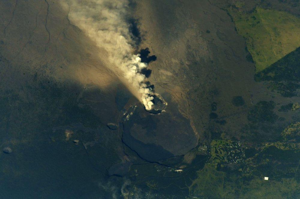 اندلاع ثوران بركان كيلاويا في هاواي تحت محطة الفضاء الدولية ، 14 مايو/ أيار 2018