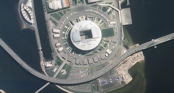 ملعب سان بطرسبورغ أحد ملاعب كأس العالم 2018 من المركبة الفضائية الروسية Resurs-P