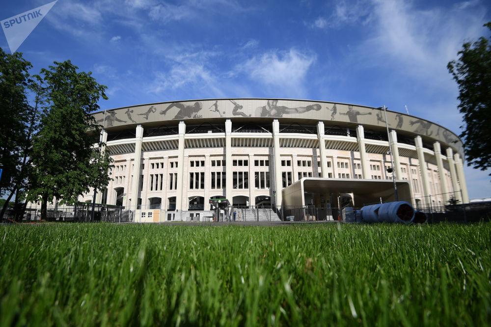 ملعب لوجنيكي أحد ملاعب كأس العالم
