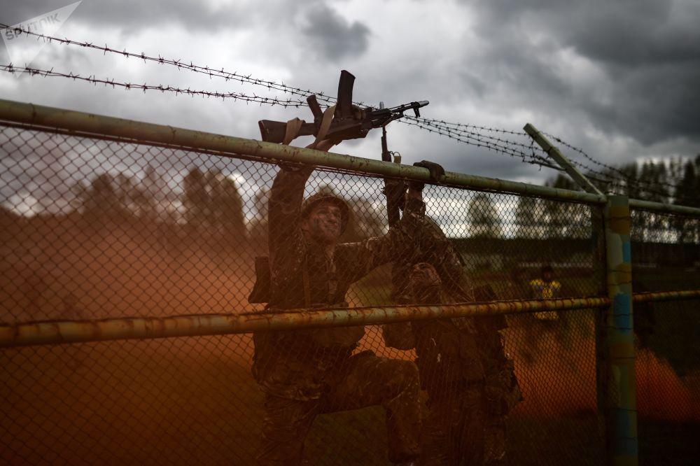 مسابقة أفضل جنود الاستطلاع في نوفوسيبيرسك