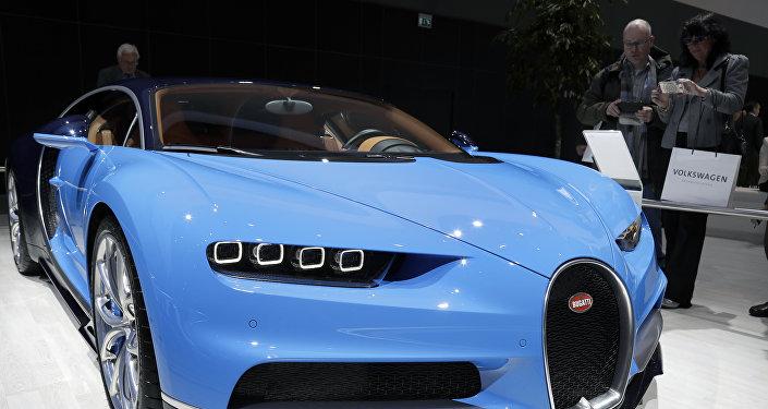سيارة بوغاتي شيرون