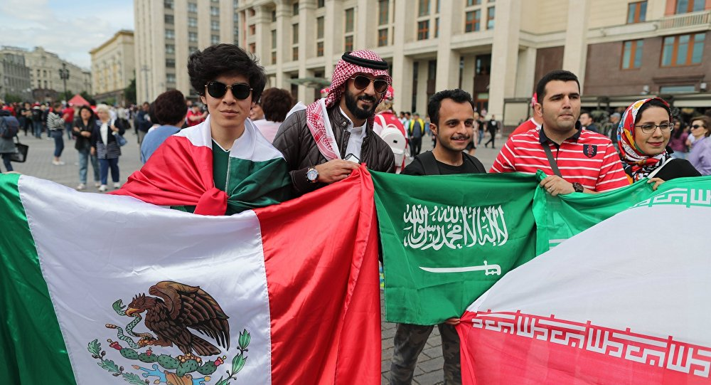 مشجعو السعودية والدول الأخرى