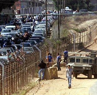 انسحاب لبنانيين عملاء لإسرائيل في عام 2000