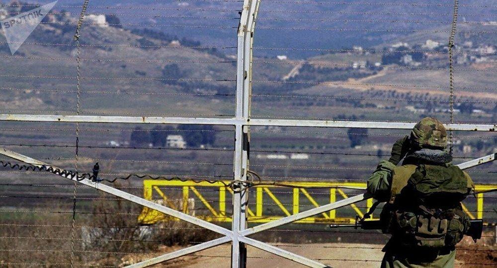 جندي إسرائيلي على الحدود اللبنانية الإسرائيلية في عام 2000