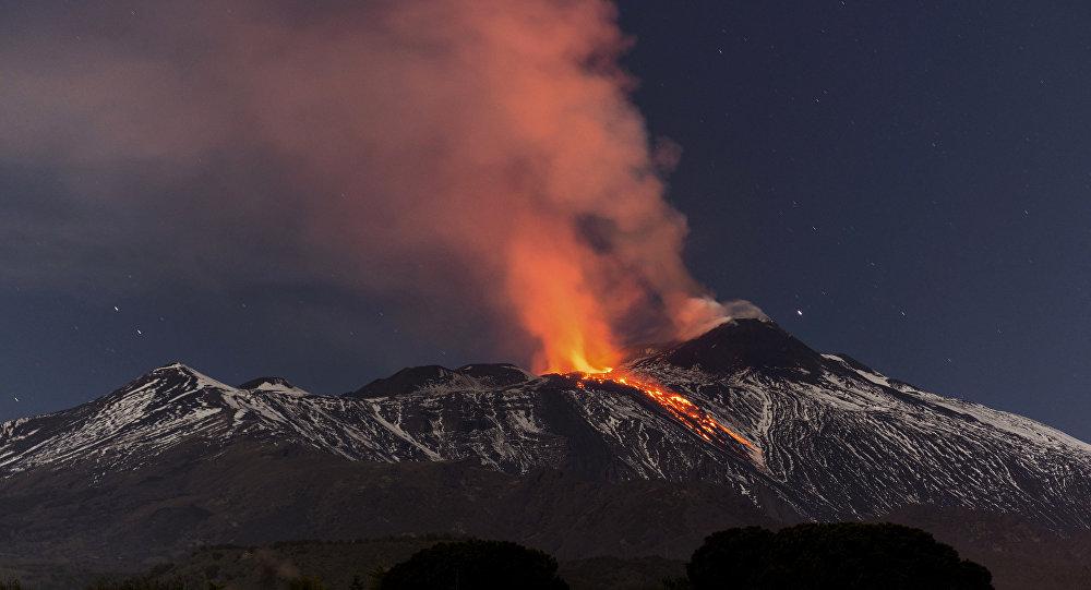 حمم بركانية