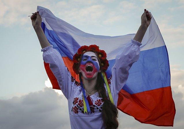 مشجعة روسية مباراة كرواتيا