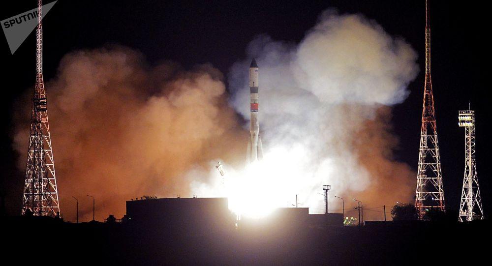 لحظة انطلاق مركبة بروغريس إم إس-09