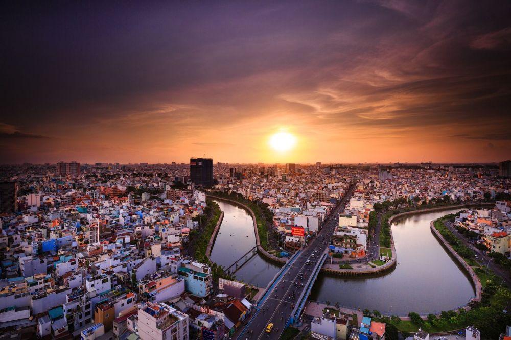 مشهد يطل على مدينة هو تشي منه، فيتنام