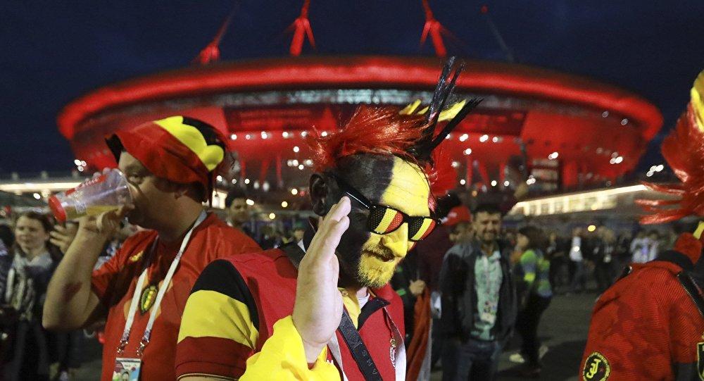 مشجعون بلجيكيون بعد إقصاء منتخب بلادهم من كأس العالم