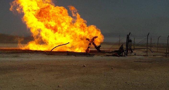 سوريا - حقل نفط مشتعل جراء الإرهاب - النفط السوري