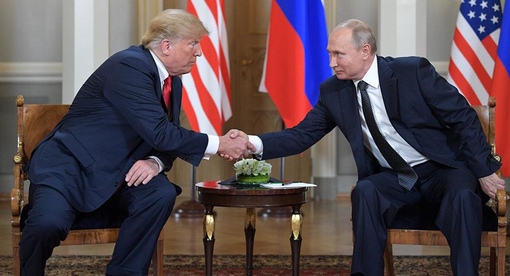 لقاء الرئيس الروسي فلاديمير بوتين والرئيس الأمريكي دونالد ترامب في القصر الرئاسي الفنلندي في هلسنكي
