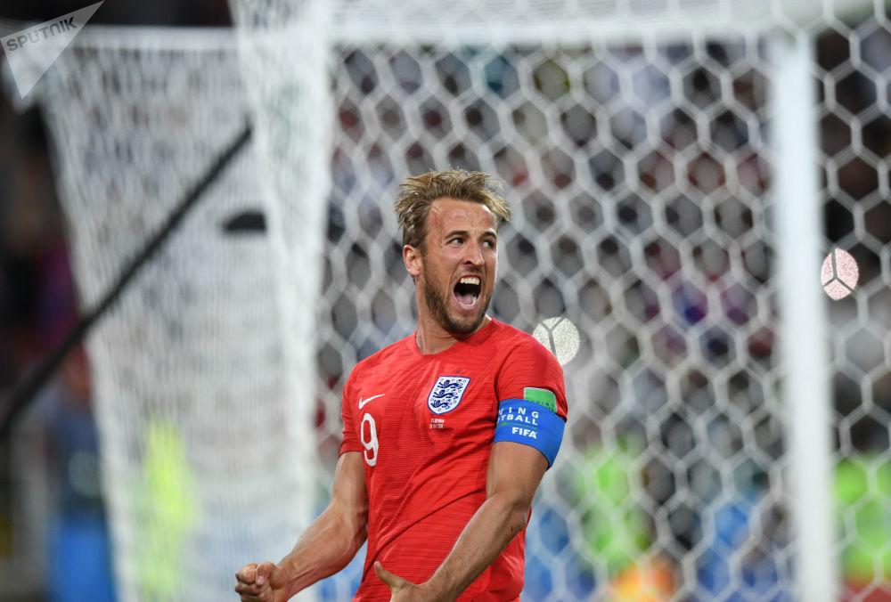 مهاجم المنتخب الإنجليزي هاري كين - توج كهداف للبطولة بعد تسجيله لـ 6 أهداف