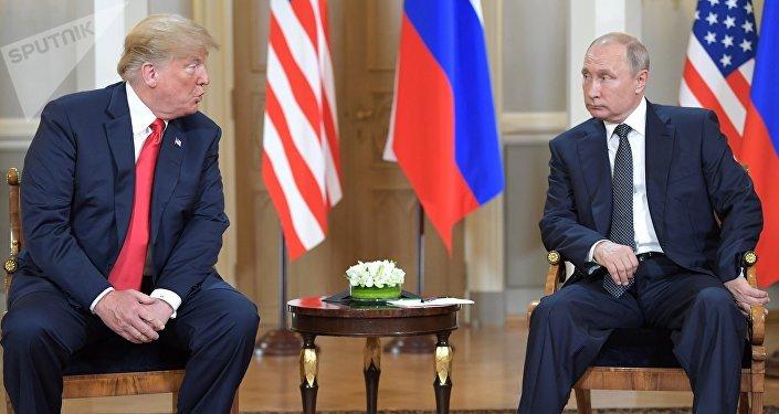 لقاء الرئيس الروسي فلاديمير بوتين والرئيس الأمريكي دونالد ترامب في هلسنكي، فنلندا 16 يويليو/ تموز 2018
