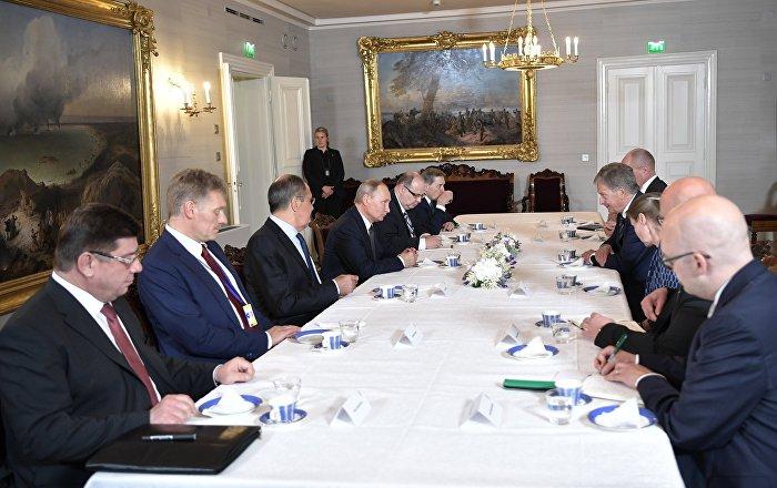 قمة هلسنكي: استمالة بوتين نحو ائتلاف مفاجئ