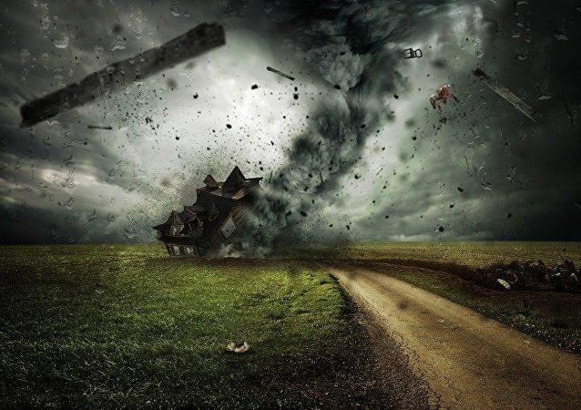 زوبعة ضخمة تضرب مدينة سوتشي الروسية
