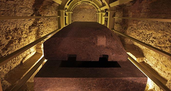 تابوت أثري مصري