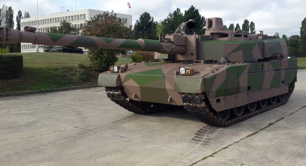دبابة لكلارك