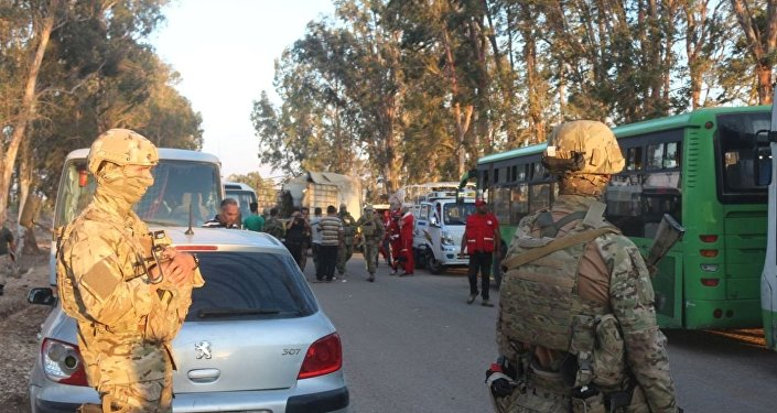 سبوتنيك تواكب ترحيل مسلحي نوى باتجاه إدلب ومحافظة درعا خالية من النصرة