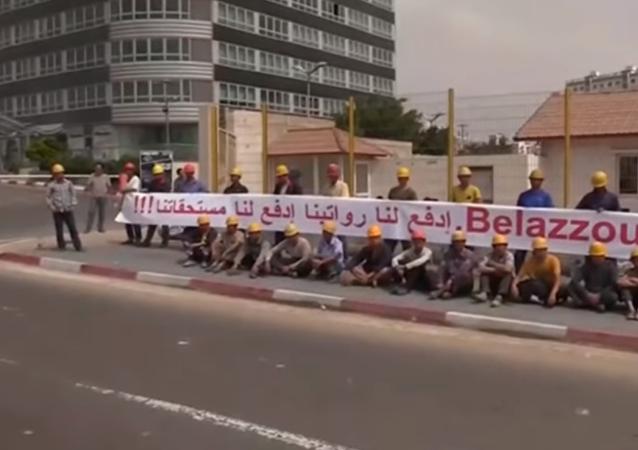 احتجاجات للعمال الصينيين في الجزائر