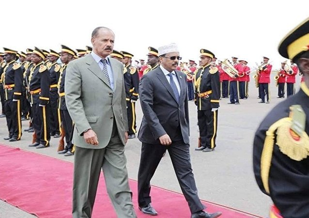 الرئيس الإريتري أسايس أفورقي يستقبل الرئيس الصومالي محمد عبد الله محمد في أسمره