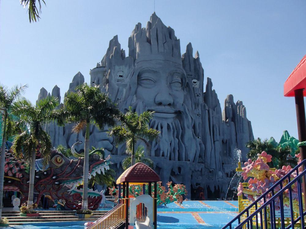 حديقة سووي تيين في فيتنام