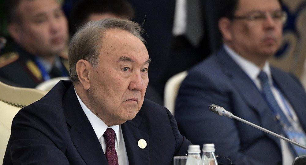 الرئيس الكازاخستاني، نور سلطان نزرباييف