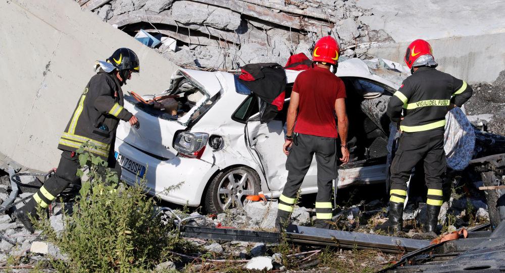 موقع انهيار جسر مورديني في جنوة، إيطاليا 14 أغسطس/ آب 2018