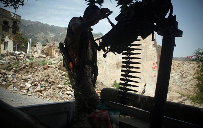 الجيش-اليمني-يستعيد-مواقع-استراتيجية-غرب-تعز
