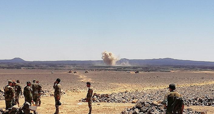 الجيش السوري يقتحم جيب داعش الأخير ببادية السويداء.. والتنظيم قيد الانهيار