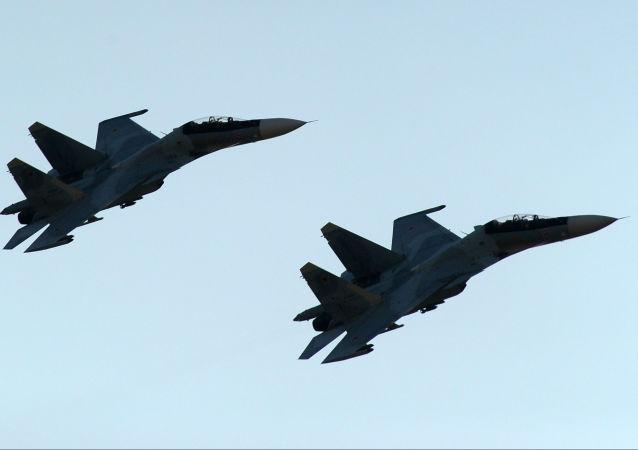 منتدى آرميا - 2018  (الجيش - 2018) في روستوف - طائرات سو-30 إس إم