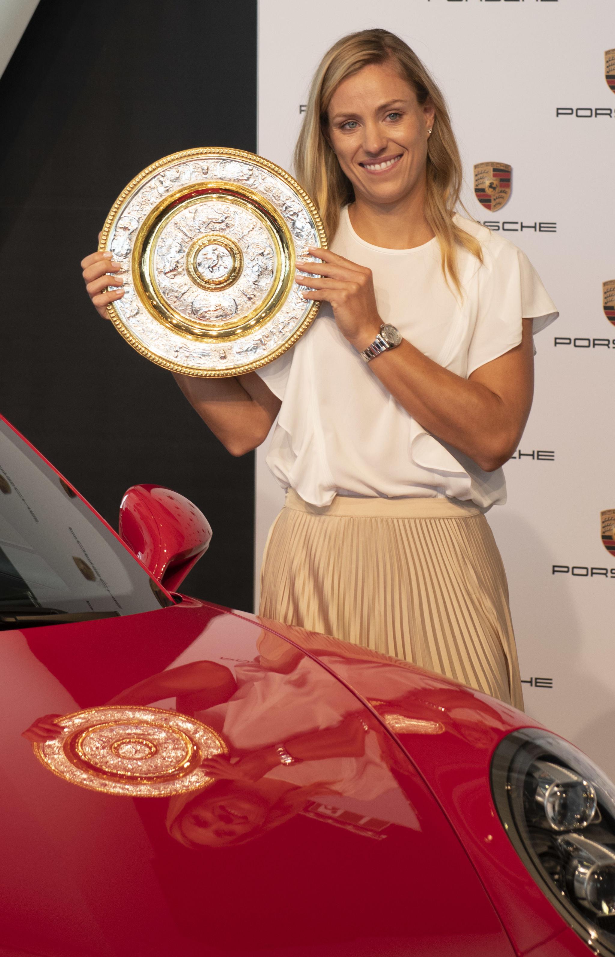 لاعبة التنس الألمانية أنجليك كيربر
